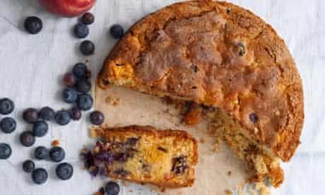 Nigel Slater's cake for midsummer