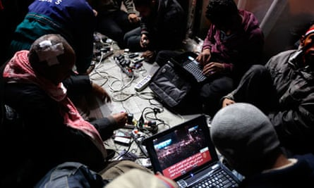 Egyptian anti-government bloggers