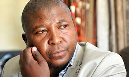Mandela Memorial Interpreter Claims Schizophrenia