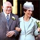 Jim (John Bardon) marries Dot (June Brown) in EastEnders