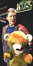 Thomas Arnold as George Dubya