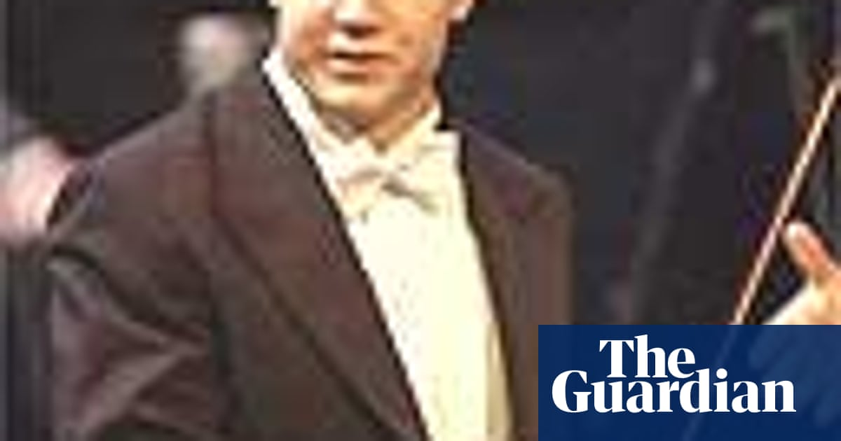 Young Finn scoops top prize in Leeds piano competition | UK
