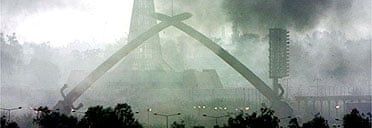 The Hands of Victory monument in Baghdad, under bombardment on April 1 2003