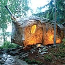 Lammers and Zeisser's accordion cabin