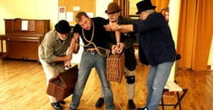 Peter Hall's 2005 cast of Waiting for Godot
