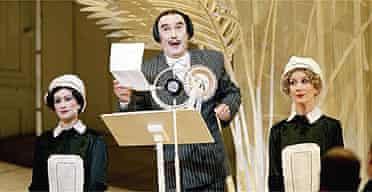Richard Suart as Ko-Ko in ENO's The Mikado, 2004