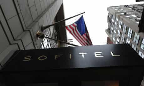 FLYNET - GV: Exterior Of Sofitel New York