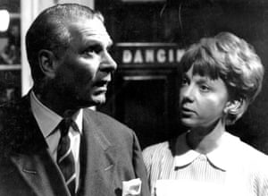 Laurence Olivier and Anna Massey in Otto Preminger's Bunny Lake is Missing (1965)