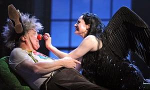 Desmond Barrit (Bottom) and Sally Dexter (Titania) in The Fairy Queen @ Glyndebourne