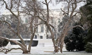 The White House and the snow covered South Lawn