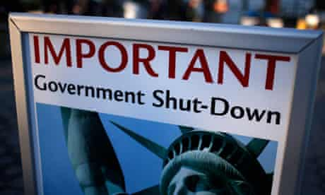 Sign announcing government shutdown
