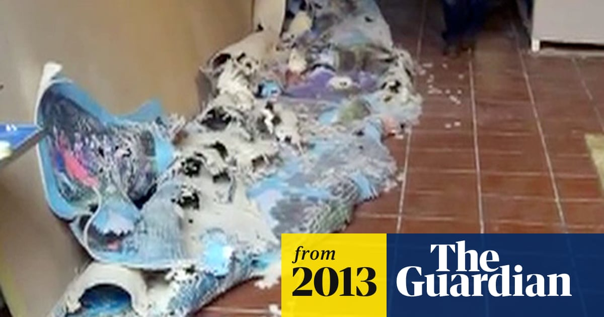World record attempt jigsaw puzzle collapses - video   UK