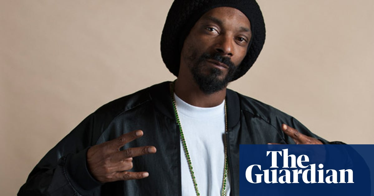 From Snoop Dogg to Snoop Lion: the reinvention of a gangster
