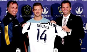 Robbie Rogers unveiled as new LA Galaxy signing - video