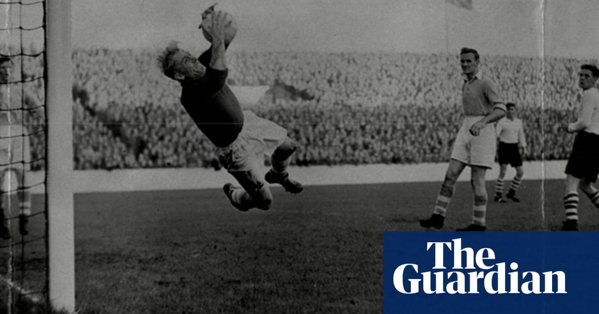 Manchester City goalkeeper Bert Trautmann plays 1956 FA Cup