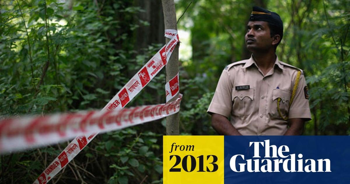 Mumbai gang-rape: five held over attack on photo-journalist