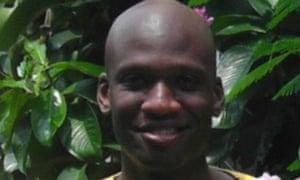 Navy yard gunman given security clearance despite 'lie