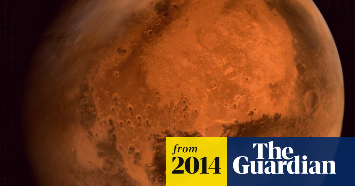 India's first spacecraft sends pictures of Mars - video