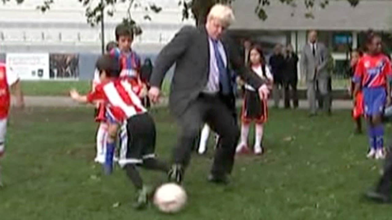 Boris-Johnson-trips-child-018.jpg?w=1280
