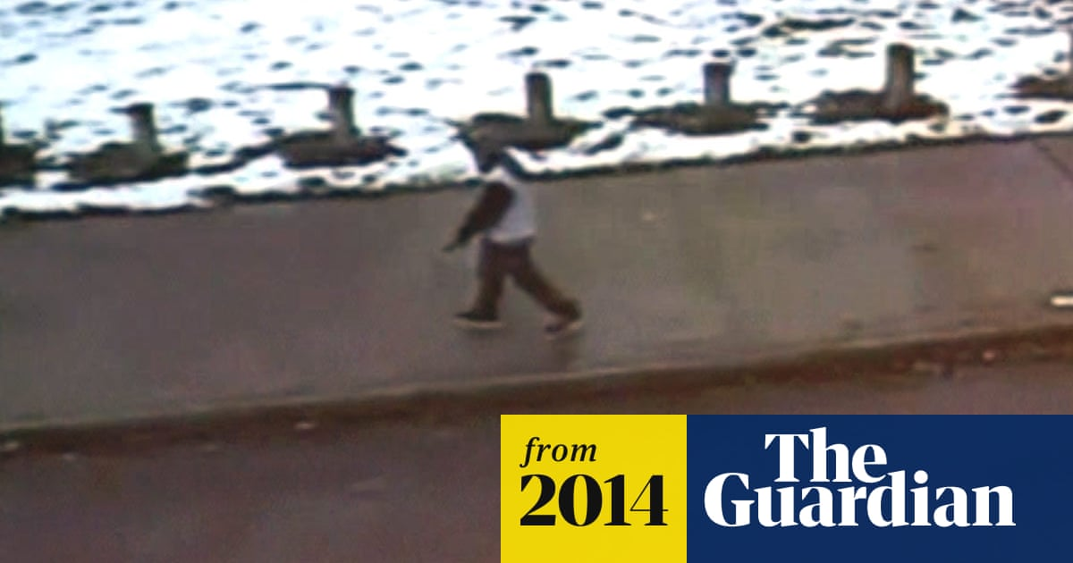 Tamir Rice: police release video of 12-year-old's fatal