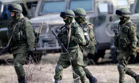 Russian military at Ukrainian base in Crimea