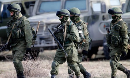 Russian military at Ukrainian base in Crimea
