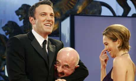 Ben Affleck puts Bob Hoskins in a headlock at the Venice premiere of Hollywoodland