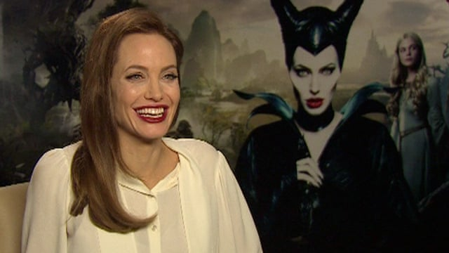 Angelina Jolie To Return In Maleficent 2 Film The Guardian
