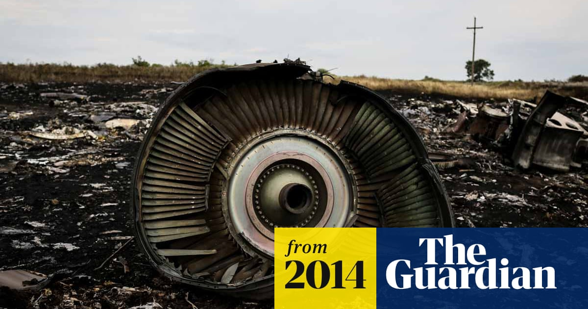 MH17: Ukraine accuses pro-Russia rebels of taking bodies from crash site