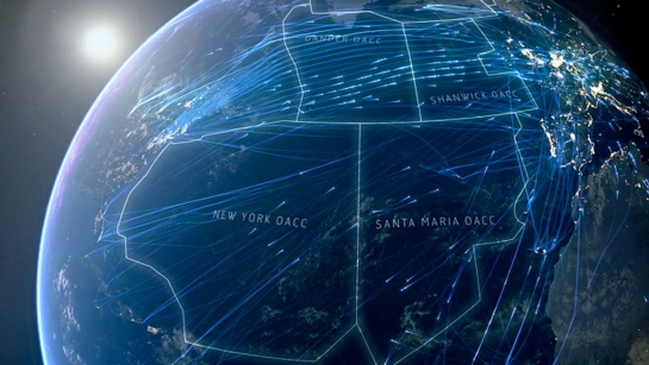 Transatlantic flight paths of 2,524 planes on single day - video animation