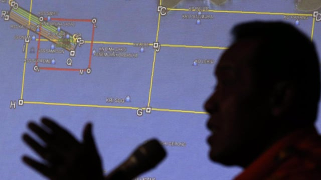 AirAsia flight QZ8501: icing of engines likely cause of crash, says ...