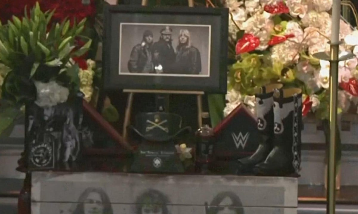 Lemmy's funeral: Motörhead's frontman is honoured by friends and family –  video