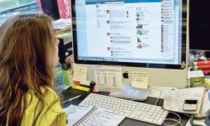 Using social media for study