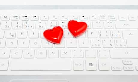 online dating hearts on keyboard