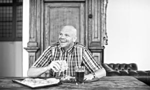 "Tom Kerridge attacks a ""welsh pastie""."