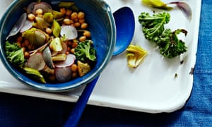 10 best  Chickpea and spring onion panzanella salad