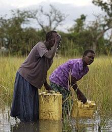 Katine water women washing