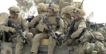 US marines in Falluja prepare to pull out of the city