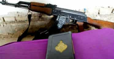 A gun and the Koran in an Iraqi insurgent's base in Falluja