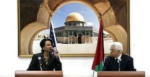 US Secretary of State Condoleezza Rice and Palestinian leader Mahmud Abbas