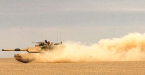 A US tank moves into position near Iraq's western border