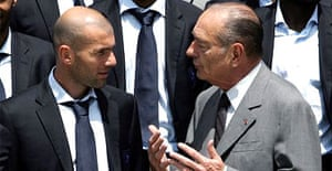 Zinedine Zidane speaks with the French president, Jacques Chirac, at the Elysee palace in Paris. Photograph: Patrick Kovarik/AFP