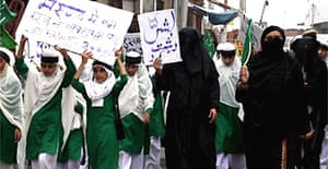 Students in the northern Indian city of Jammu demonstrate against the Pope's remarks