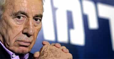 Israel's vice-premier, Shimon Peres, at a Kadima party campaign gathering. Photograph: David Furst/AFP/Getty