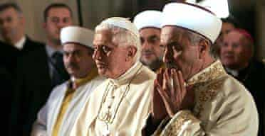 The Pope prays towards Mecca with the grand mufti, Mustafa Cagrici