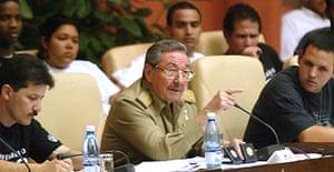 Raúl Castro with student leaders in Havana