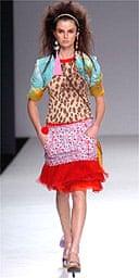 Ana Carolina Reston modelling in April 2005