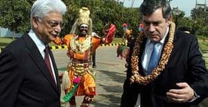 Gordon Brown with the chairman of Wipro Technologies, Azim H Premji (left)