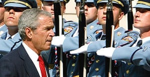 The US president, George Bush is welcomed to Czech Republic in a ceremony at Prague castle