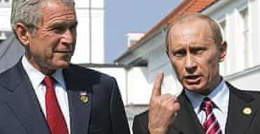 US president George Bush and Russian president Vladimir Putin address the media on the second day of the G8 summit in Heiligendamm, Germany.
